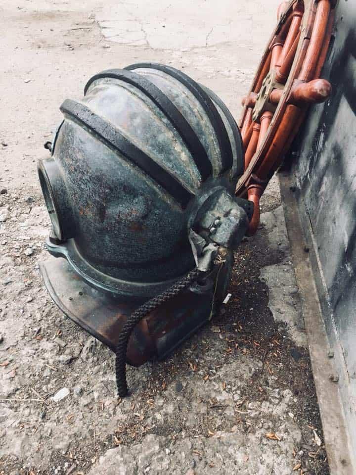 водолазный шлем трехболтовый
